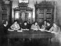 Производственное совещание библиотекарей Бугульинской районной библиотеки в 1930-е годы